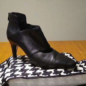 Women's ankle new-age boot
